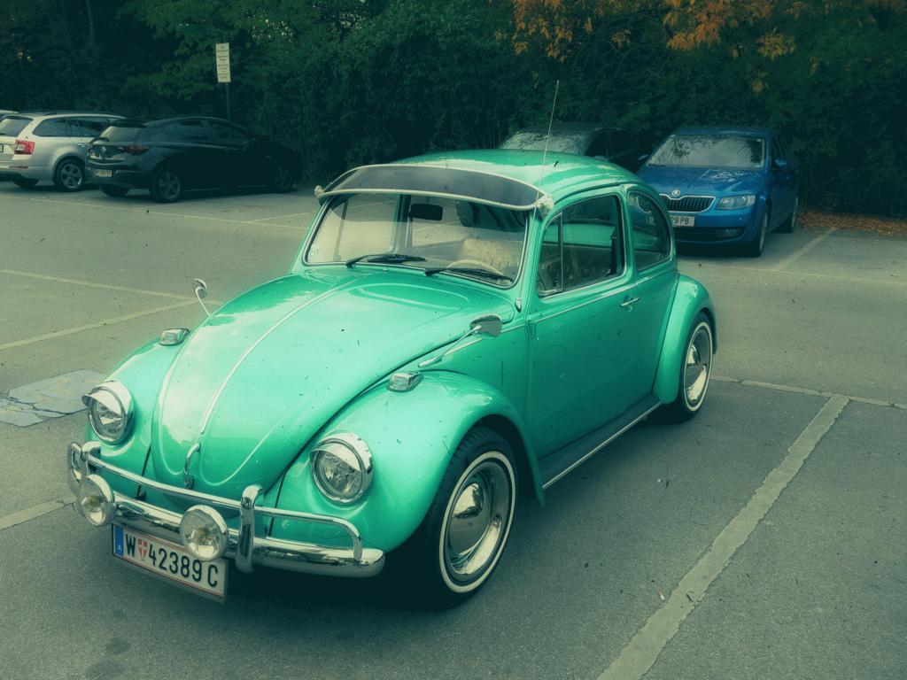 grüner VW-Käfer